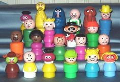 Judy's Vintage Fisher Price Toys  Offering a wide selection of Fisher Price Pull Toys, Little People, Complete Play Sets and More.    FREE SHIPPING in the USA