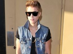 Justin Bieber Begs To Perform At MTV Video Music Awards