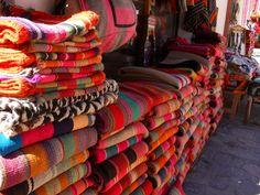Mantas tejidas en telar. Purmamarca,provincia de Jujuy, Argentina
