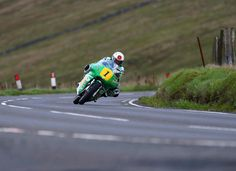 McGuinness continues Mountain Course comeback