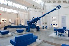 atelier van lieshout for lensvelt - world war III furnication