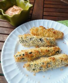 Crispy Parmesan Zucchini Fries with Sriracha Lime Mayo