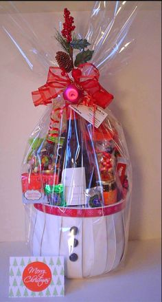 Holiday Gift Baskets, Wine Gift Baskets, Coffee Baskets, Holiday Gifts, Holiday Decor, Things To Do In Kelowna, Real Estate Gifts, Wine Festival, Wines