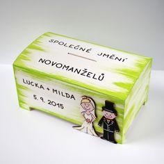 Velká svatební pokladnička s novomanželi - dozelena Decorative Boxes, Presents, Diy, Wedding, Gifts, Valentines Day Weddings, Bricolage, Do It Yourself, Favors