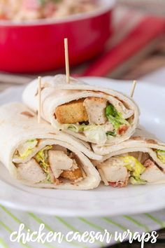 Chicken Caesar Wraps - simple, delicious and the perfect recipe for lunch or a picnic. Skpp the croutons, gf wraps, nd less chesse. And, I just found a great home made my way Caesar dressing recipe! Chicken Wraps, Chicken Wrap Recipes Easy, Chicken Bacon, Grilled Chicken, Cooked Chicken, Rotisserie Chicken, Healthy Chicken, Chicken Salad, Chicken Ceasar