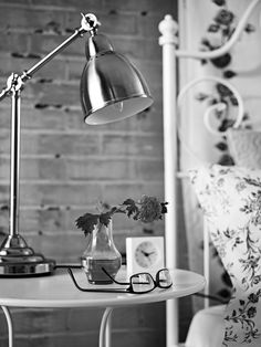 IKEA Bedroom lighting - A desk lamp, like BAROMETER, is a great option for bedtime readers and web surfers. Ikea Bedroom, Home Bedroom, Bedroom Decor, Bedrooms, Master Bedroom, Ikea Fans, Work Lamp, Pretty Bedroom, Bedroom Lighting