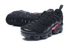 Ventilation Nike Air VaporMax Plus TN Black Red Men's Running Shoes Sneakers Nike Air Max Tn, Nike Air Max Black, Nike Air Max Plus, Nike Air Vapormax, Running Shoes For Men, Mens Nike Air, Nike Men, Shoes Nike Adidas, Tennis