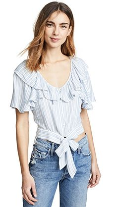 Brand new with tags Authentic free People Rosemary Top Size large Free People Blouse Fashion 101, China Fashion, Teen Fashion, Bohemian Lifestyle, Blouse Styles, Flutter Sleeve, Free People, How To Wear, Women's Tops