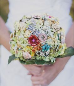 I LOVE this Concept! I would enjoy making these for sure! ... Brooch bouquet with dragonfly