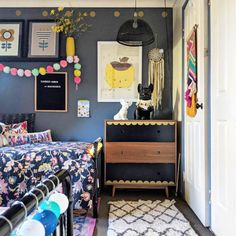 Monday love creates the most amazing rooms. How beautiful is this bedroom for her girls? Spotted amongst all this… Art Wall Kids, Wall Art, She Girl, Happy House, Pop Design, Eclectic Decor, Happy Weekend, How Beautiful, Playroom
