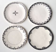 This listing is for one black & white, ceramic, mix & match, dessert plate. Pair these plates with the terra cotta dinner plate for an absolutely