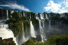 Cataratas de Iguazú - Frontera entre Argentina y Brasil