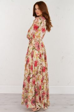 KNOW THE NAME OF THE GAME FLORAL MAXI DRESS (Get the Look at www.shopakira.com) #Dresses #OOTD #OOTN #MaxiDress #FloralDresses #SexyDress #Outfits  #Style #Fashion #Cutedress