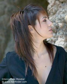 Tjejfrisyrer med halvlångt hår