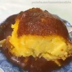Classic, Southern quick, easy Louisiana crunch cake recipe, homemade with simple ingredients and starts off with cake mix. Soft and moist yellow cake with a tangy vanilla lemon glaze and crunchy coconut. Best Pound Cake Recipe, Pound Cake Recipes, Cookie Recipes, Dessert Recipes, Meal Recipes, Louisiana Crunch Cake, Moist Yellow Cakes, Flan Cake, Sour Cream Pound Cake