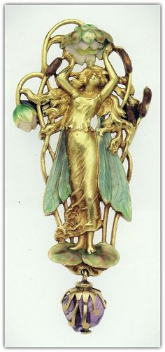 Pendant brooch with a marsh fairy, circa 1900, probably French, by an unknown maker. Gold, enamel and amethyst.