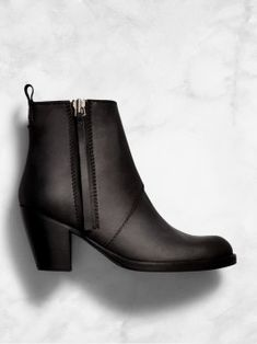 Acne pistol boots Gr. 37 http://www.mytheresa.com/de-de/pistol-short-leather-ankle-boots-314448.html?catref=category