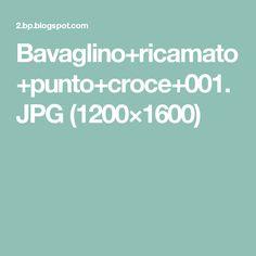 Bavaglino+ricamato+punto+croce+001.JPG (1200×1600)