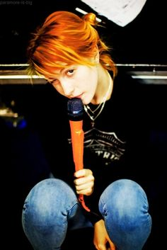 Live every second l hayley :)