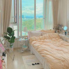 Bedroom Setup, Room Design Bedroom, Small Room Bedroom, Room Ideas Bedroom, Home Decor Bedroom, Teen Bedroom, Minimalist Room, Teen Room Decor, Aesthetic Room Decor