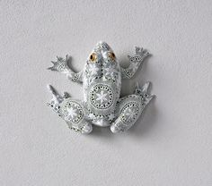 Animal and Insect Sculptures Wrapped in Crocheted Webbing by Joana Vasconcelos sculpture crochet animals