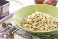 Gli spätzle sono un preparazione tipica della Germania meridionale: gnocchetti di forma irregolare  a base di farina di grano tenero, uova e acqua.
