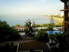 Good Morning / Bon dia / Buenos dias! Asomarte al balcón y ver estas vistas...