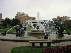 Photos of Country Club Plaza, Kansas City - Attraction Images - TripAdvisor