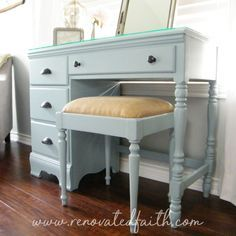 My better alternative to chalk paint yields a nicer result with less effort and MUCH less expense. Here I detail why I don't use chalk paint on furniture. Desk Makeover, Furniture Makeover, Diy Furniture, Furniture Projects, Desk Redo, Dresser Makeovers, Diy Projects, Refinished Furniture, Furniture Refinishing