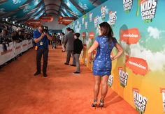 Rosa Blasi Photos Photos - Actress Rosa Blasi attends Nickelodeon's 2016 Kids' Choice Awards at The Forum on March 12, 2016 in Inglewood, California. - Nickelodeon's 2016 Kids' Choice Awards - Red Carpet
