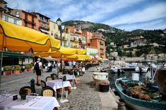 프랑스 남부 코트다쥐르의 로맨틱 해안 빌프랑슈 쉬르메르를 소개합니다. Villefranche Sur Mer, Street View, Nice, Places