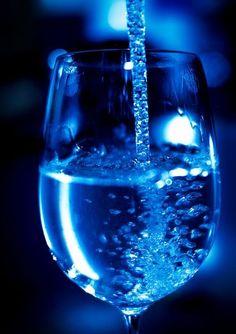 Recuerda tomar al menos 8 vasos de agua al día :)
