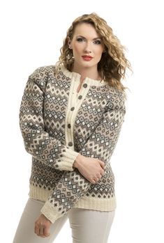 Katalog Nr 1502 - Viking of Norway Fair Isle Knitting Patterns, Dress Gloves, Yarn Brands, Jumpers For Women, Knitting For Beginners, Knit Jacket, Hand Knitting, Knit Crochet, Beige