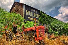 barn and tractor pictures   Bedford County PA an old barn and tractor   Flickr - Photo Sharing!