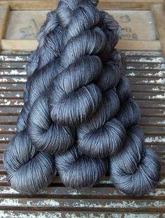 ISLINGTON fingering –  Superwash British Bluefaced Leicester / Silk ...'Old Smoke'