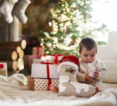 Tips and traditions for baby's first Christmas #Christmas #Baby'sfirstChristmas