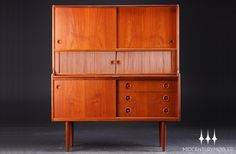 Stunning Danish modern mid century bookcase / sideboard with pullout desk.