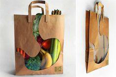 Una bolsa que muestra lo que tendremos en el estómago según nuestras compras.  /weloveadvertising.es