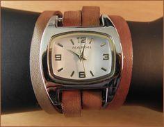 Bracelet watch bicolor