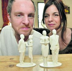 14S4D2 - Selfies for wedding Cake  http://www.oxfordmail.co.uk/news/10948063.3D_printer_creates__selfies__for_couple_s_wedding_cake/?ref=twtrec