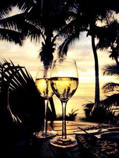 Rarotonga. Perfect honeymoon destination For your luxury holiday, tropical wedding or honeymoon visit