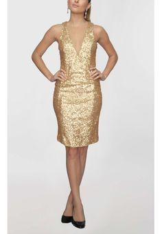POWERLOOK - Aluguel de Vestidos Online - Vestido Paula curto bordado com paetês Lucci - dourado #lucci #paula #vestidocurto #curto #bordado #paetes #vestidodourado #dourado #decotev #debutante #vestidodebutante #vestidofesta #15anos  #festa15anos #alugueldevestidos
