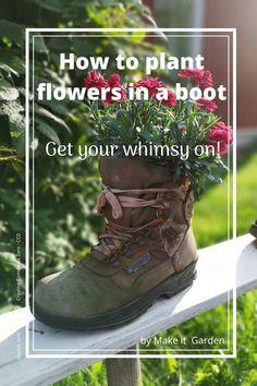 Add a touch of creativity and whimsy to the garden by planting flowers in a boot Bird Bath Garden, Glass Garden Art, Kid Garden, Garden Junk, Summer Garden, Garden Crafts For Kids, Summer Crafts, Garden Projects, Garden Ideas