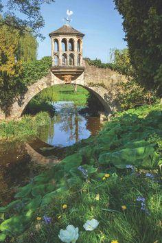 Fantasy Landscape, Landscape Design, English Garden Design, Retro Poster, Home And Garden Store, Garden Care, Garden Pond, Garden Paths, Garden Landscaping