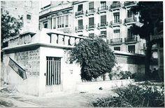 Refugio de la Plaza de la Virgen, en la ubicación actual de los jardines del Palau de la Generalitat. 1937 Barcelona, Valencia Spain, Alicante, Spanish, Adaptive Reuse, Plaza, Nostalgia, Management, Photography