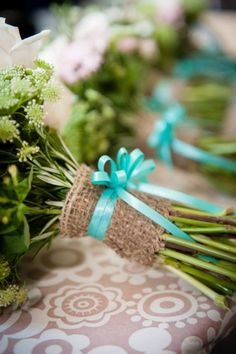 These aqua or tiffany blue wedding invitation sets are topped with hand cut burlap and a beautiful matching off-centre bow. Description from pinterest.com. I searched for this on bing.com/images