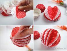 ~Leuke alternatieve kerstballen gemaakt m.b.v. cupcake vormpjes~