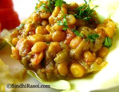 Toori Chanadal |Smooth Gourd with Bengal Gram |Sindhi Recipe | Sindhi Rasoi |Sindhi Recipes Veg Recipes, Spicy Recipes, Curry Recipes, Indian Food Recipes, Cooking Recipes, Healthy Recipes, Ethnic Recipes, Vegetarian Food List, Desi Food