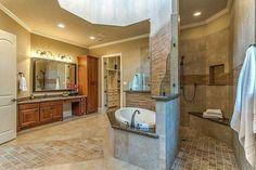 Doorless two-way entry shower