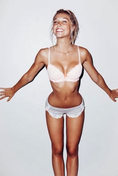 Brittanya o campo boobs